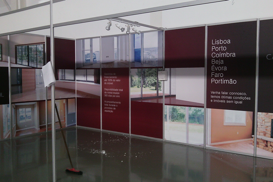 Stand (5)