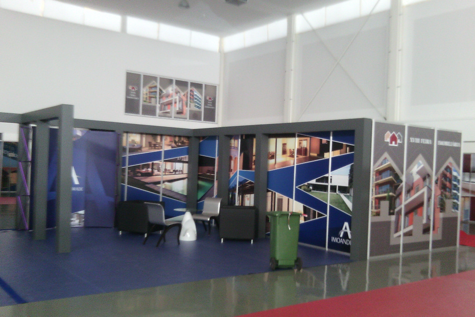 Stand (6)